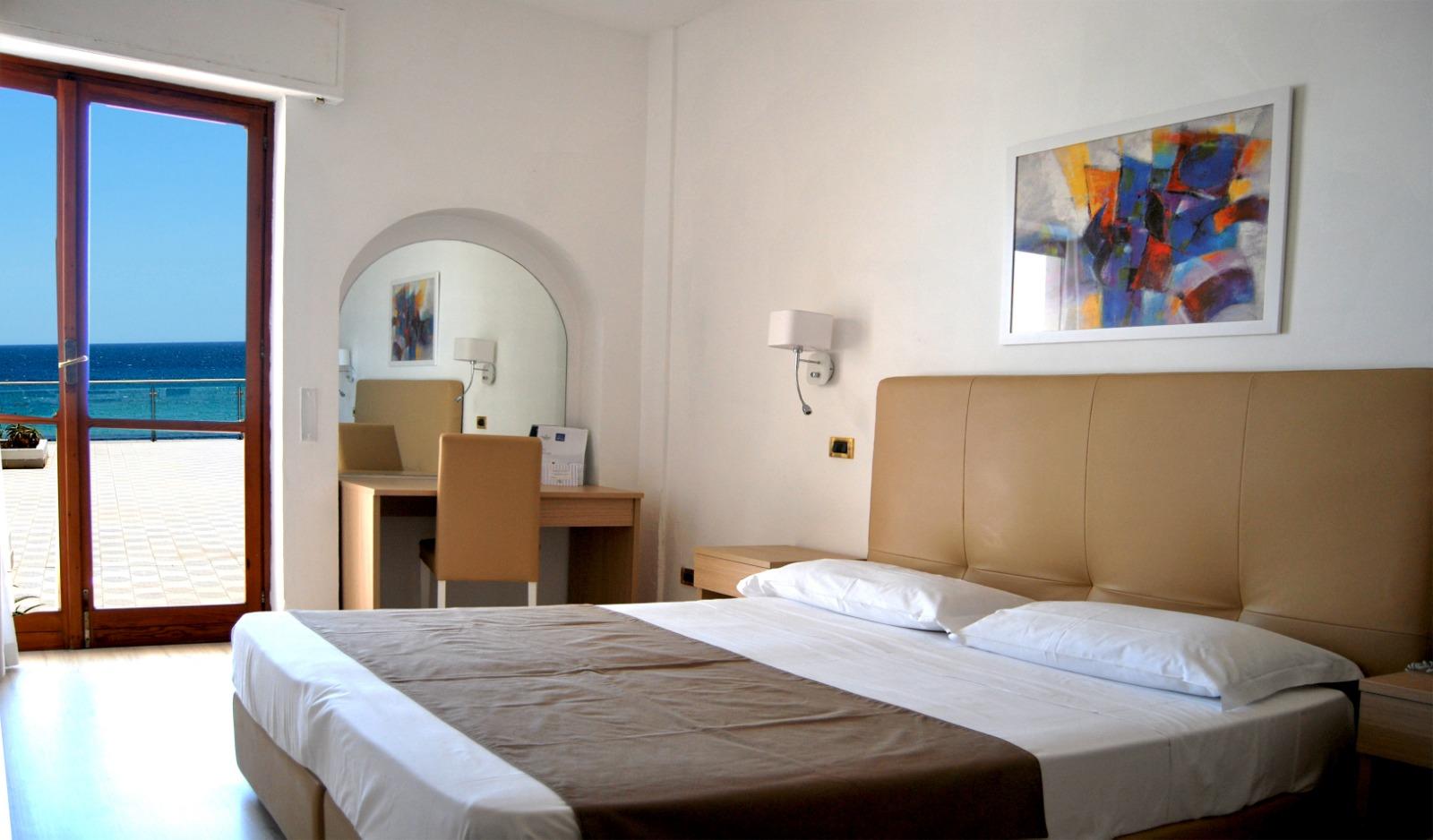 Letto A Castello Triple.Camere Classic Hotel Fontane Bianche
